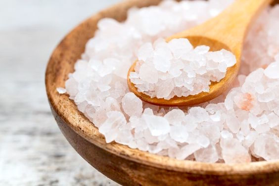 5 FAST FACTS ABOUT HIMALAYAN PINK SALT
